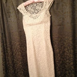 Nicole Miller White Lace Dress Size 2